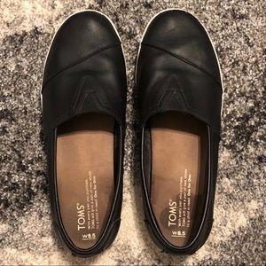 TOMS Avalon Black Leather Slip-Ons